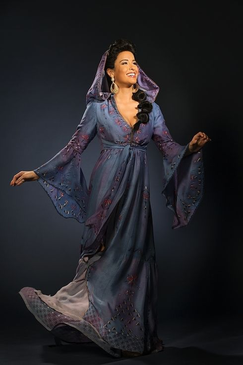 Courtney Reed as Jasmine on the broadway production of Aladdin. I went to high school with her! This is just so dang cool.