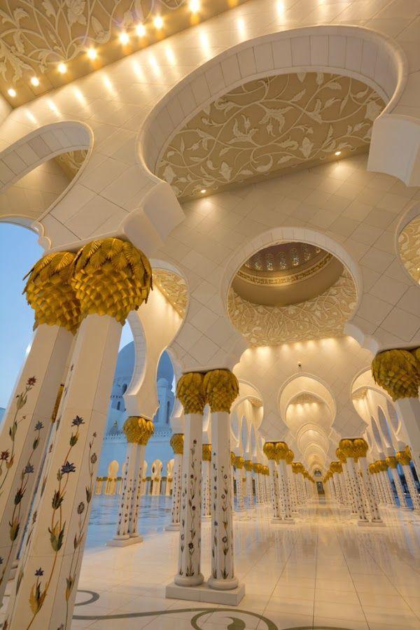 Grand Mosque, Abu Dhabi, UAE A trip to Abu Dhabi  Live and Work in Dubai ! CV Forwarding Service - CV Distribution Service ! #dubai #uae