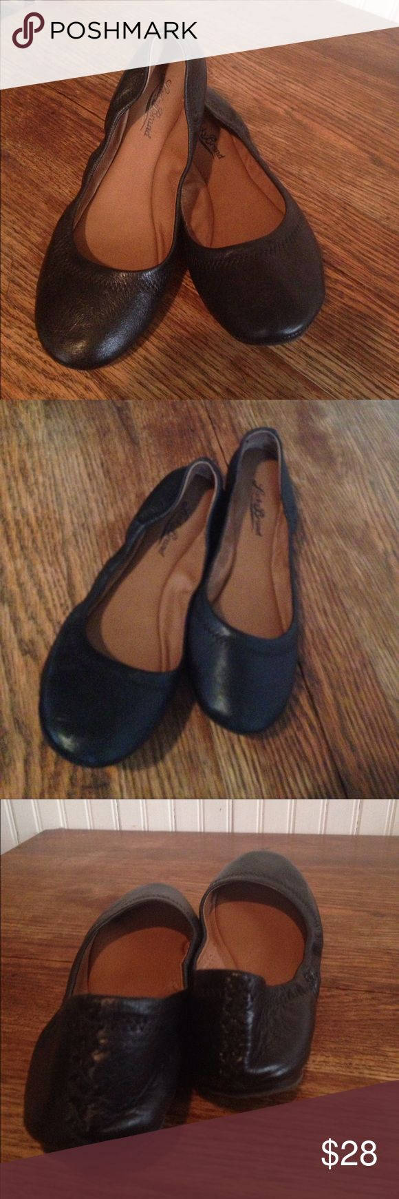Lucky Brand black leather flats size 8 Lucky Brand black leather flats size 8 , beautiful smooth leather . Great condition Lucky Brand Shoes Flats & Loafers