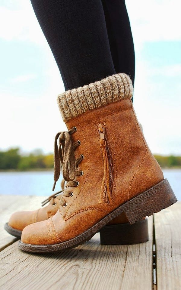 Gorgeous brownish wheeler boots fashion