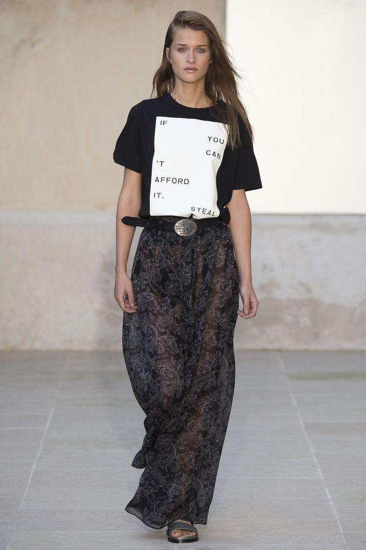 Each x Other Spring 2016 Ready-to-Wear Fashion Show - Regitze Christensen