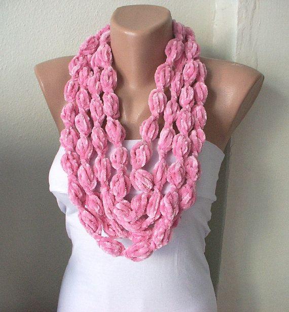 Sciarpa di colore Candy Pink Bubble, collana, lariat