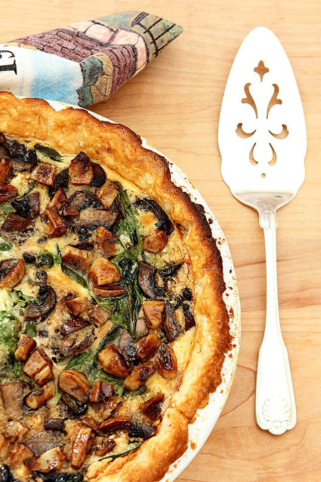 Caramelized Garlic, Spinach and Mushroom Tart from Creative-Culinary.com