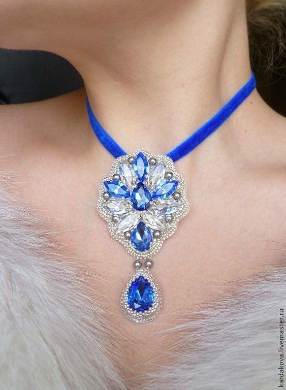 """Купить Брошь-подвеска """"Сапфировые грёзы"""" - синий, японский бисер, синие кристаллы, подвеска с кристаллами"""