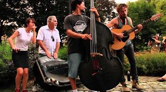 John Butler Trio - Revolution (Ottawa Guerilla Busk) - YouTube