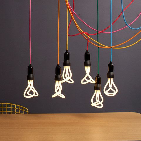 The PLUMEN 001 is the world's first designer low energy light bulb. The dynamic, sculptured form contrasts to the dull regular shapes of existing low energy bulbs, in an attempt to make the Plumen a centrepiece, not afterthought. The PLUMEN 001 works like any other high quality low energy bulb - saving you 80% on your energy bills and lasting 8 times longer than a standard incandescent bulb.