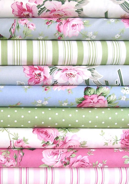 These colors are delightful!! Wish I had these fabrics in either sheets, pillows, or - heck - anything!!