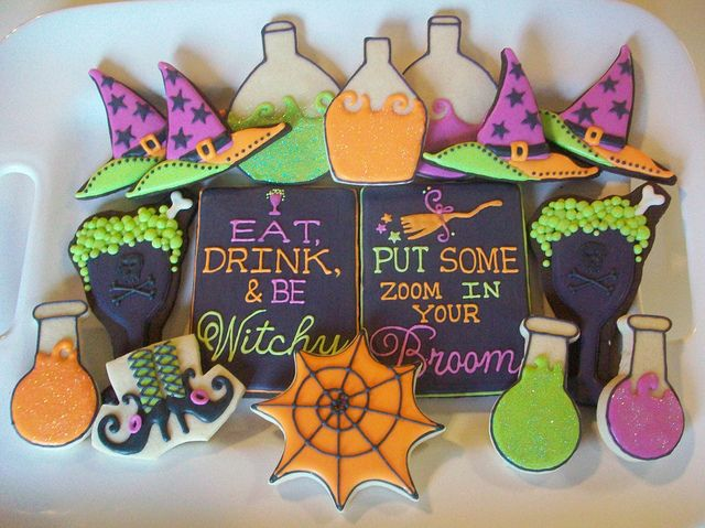 halloween cookies {polka-dot zebra on flickr} --- awesome!!!