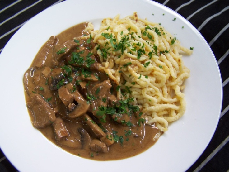Beef Stroganoff with homemade Spätzle | Carina's Cafeteria Lunch Spec ...