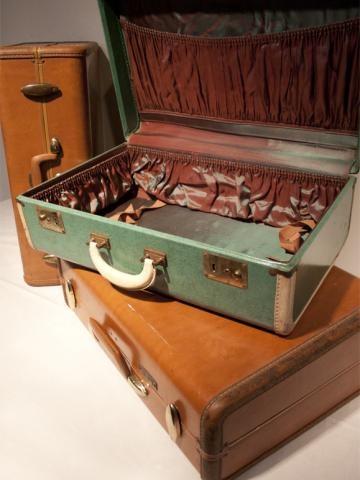 Vintage suitcase for cards - a la crate vintage rentals - madison, wi