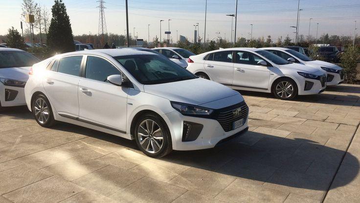 На тесте «Автоцентр» Hyundai IONIQ. Цены и характеристики