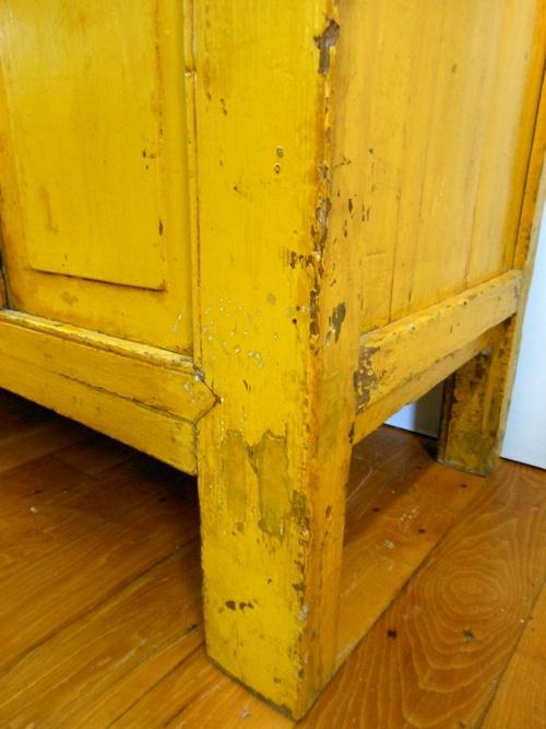 aged wood + yellow