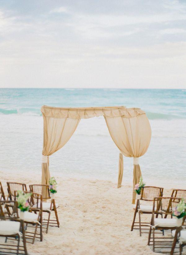 Vintage Beach Theme Wedding Ceremony Ideas For Summer 2017