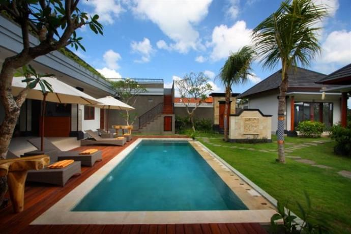 Lebak Bali Residence is located in Canggu and offers guests wireless internet access in public areas. It also provides valet parking, a tour desk and an outdoor pool.  The hotel has 7 rooms and has been recently refurbished. Airport transfers, a laundry service and a dry cleaning service are available on request.  Those staying at Lebak Bali Residence can sit down to a unique dining experience at the in-house restaurant, ideally based for those who want to stay close by at mealtime.