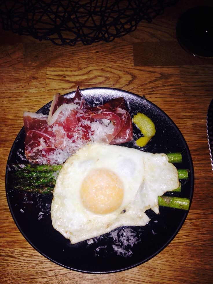 Asparagus eggs and prosciutto, my wife's favorite:)