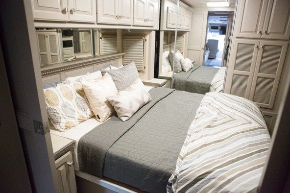 Beautiful RV Makeover (2)