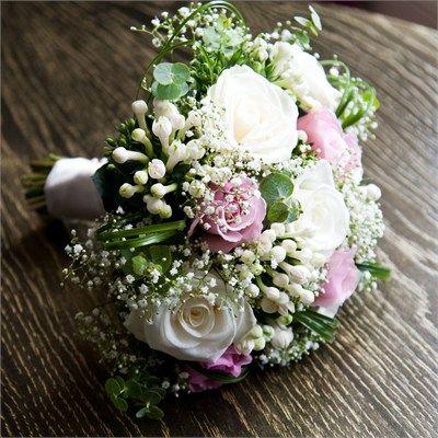 Melissa & Oliver's Wedding - Wedding Flowers