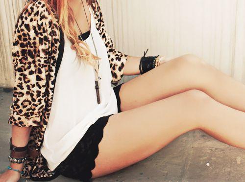 animal print and lace shorts: White Animal, Summer Style, Street Style, Black White, Animal Prints, Leopards Prints, Little Animal, Lace Shorts, Cheetahs Prints