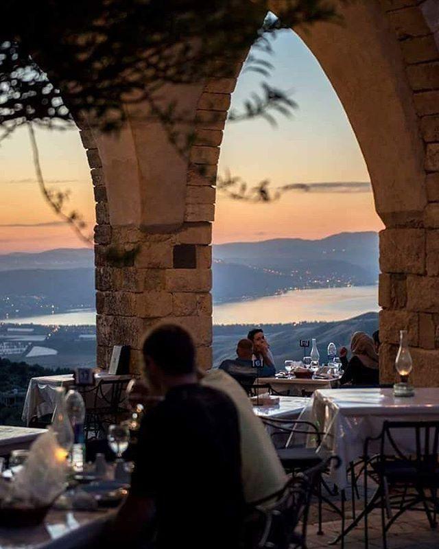 WEBSTA @ hashemitefamily - إطلالة رائعة من مدينة أم قيس الأثرية على بحيرة طبريا. #jordan #jo #visit_jordan #irbid #um_qais