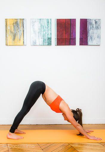Yoga pour le dos : la posture du chien tête en bas