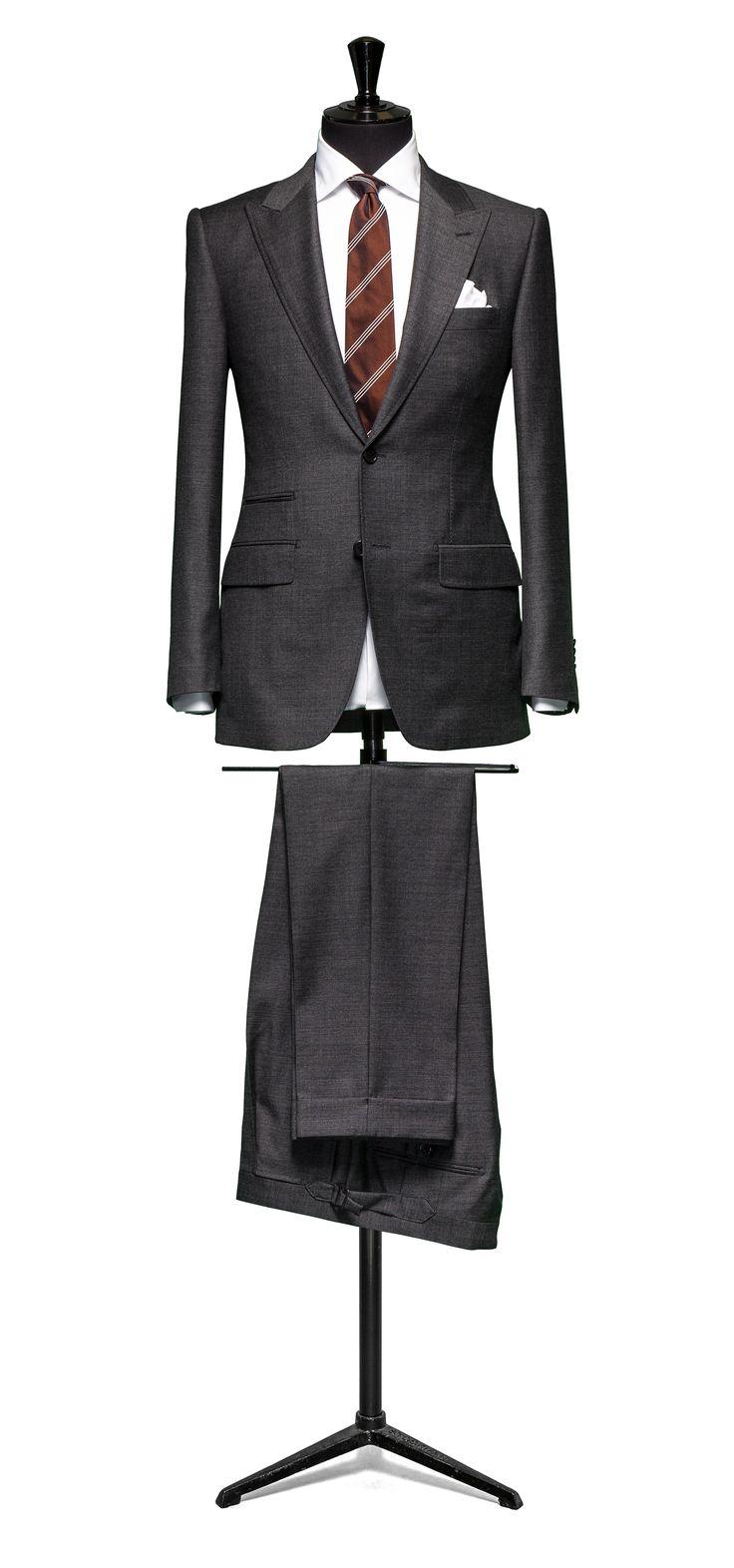 Grey suit  Faux uni S110 http://www.tailormadelondon.com/shop/tailored-suit-fabric-4317-plain-grey/
