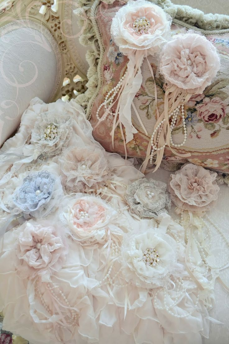 Jennelise: A Parcel of Gillyflowers