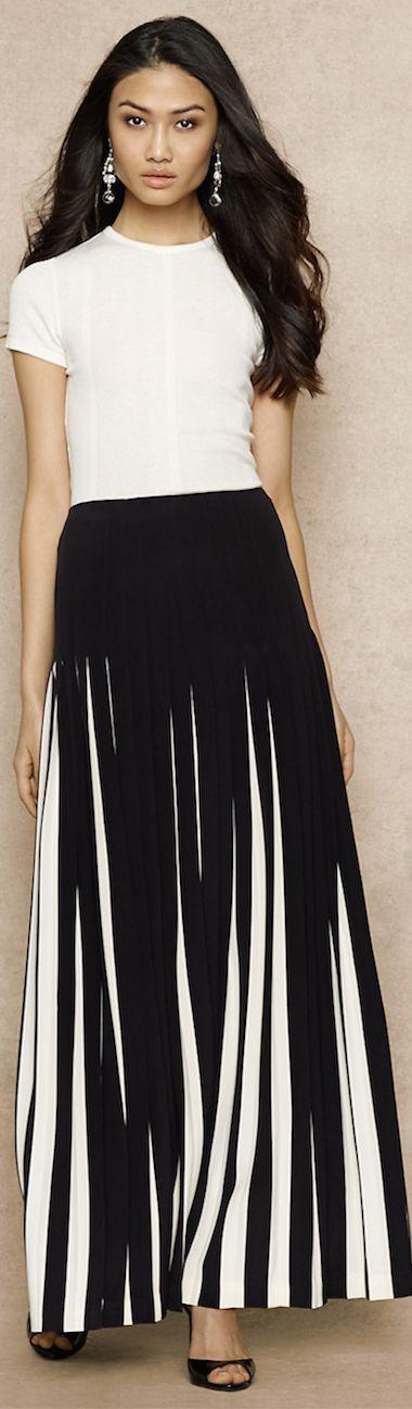 Ralph Lauren ● Blue Label ● Contrasting Pleated Silk Skirt