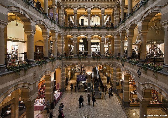 Amsterdam-magna plaza | Flickr - Photo Sharing!