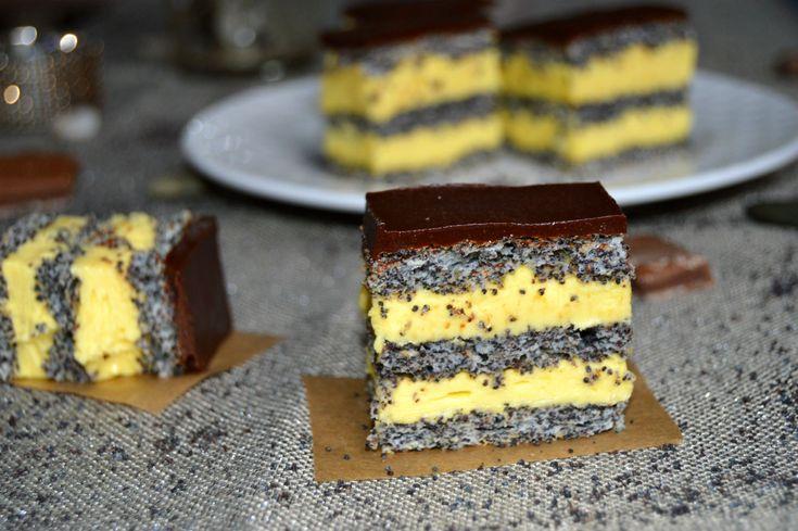 Prajitura cu foi de mac, vanilie si ciocolata