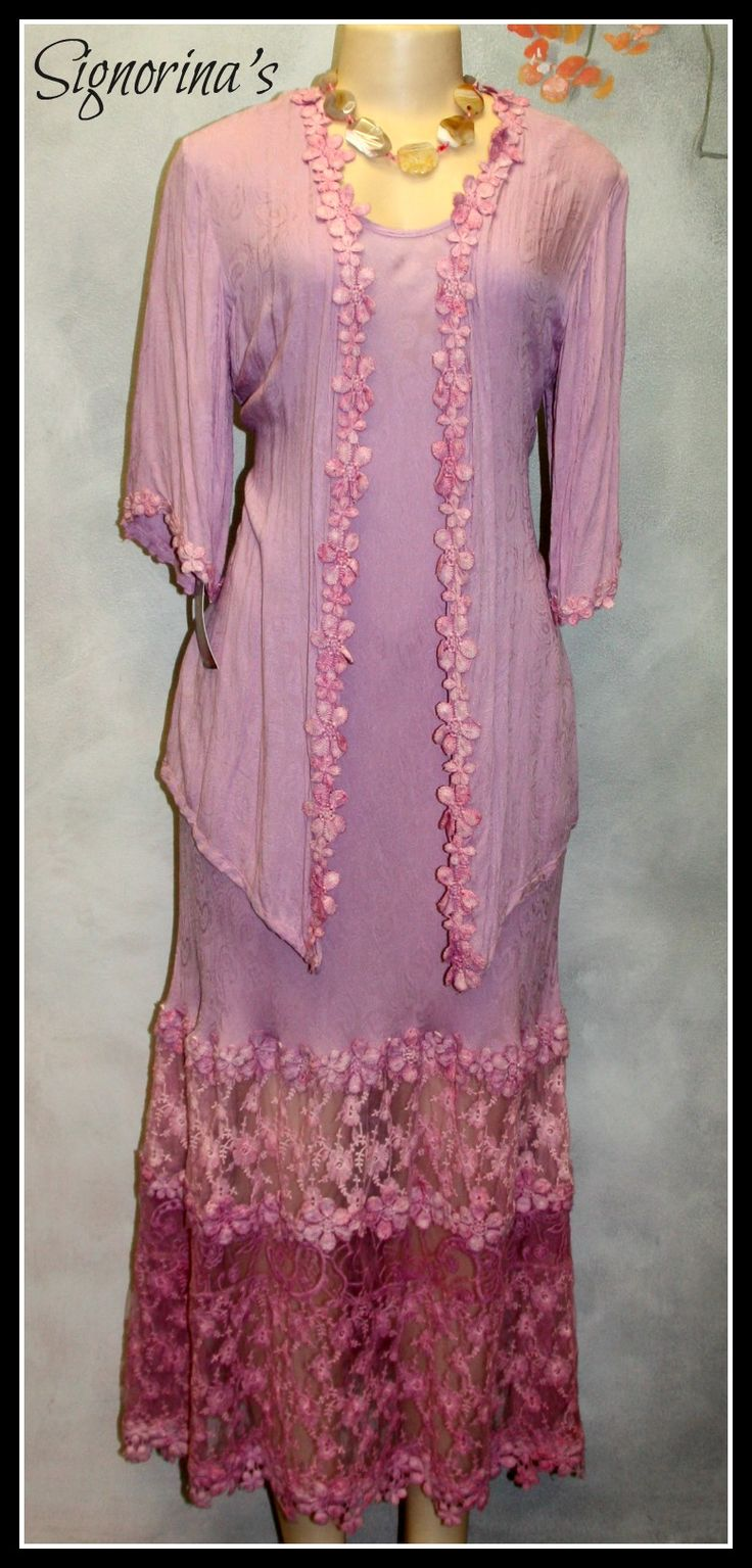 Mother of the bride / groom exclusively at Signorinas. Suitable for the fuller figure