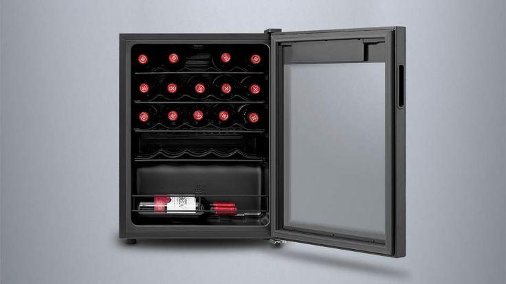 Inventor Vino Weinkühlschrank 66L, hochwertiger Weintemperierer mit Kompressortechnik für bis zu 24 Weinflaschen (bis zu 300 mm Höhe), zwei Temperaturzonen für Weiß- & Rotwein, Energieklasse A, Temperatureinstellbereich 5-18°C, digitale Temperaturregelung, LED-Innenraumbeleuchtung, UV-Glasfilter zum Schutz vor UV-Strahlung für optimalen Aromaschutz Ihrer geliebten Weine. Preis: 169,99 €