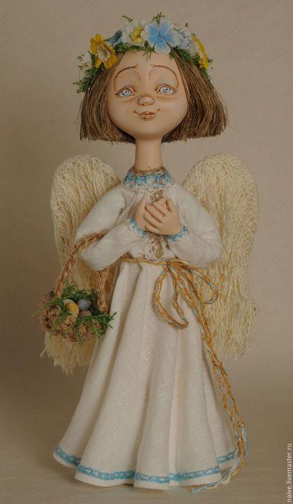 Купить или заказать 'Ангел с веночком' в интернет-магазине на Ярмарке Мастеров. Весенний ангел, светлый и нежный…