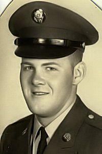 SGT ROBERT SMEAL | 21 | NEW YORK | ARMY | KIA 3.14.1968 | Virtual Vietnam Veterans Wall of Faces