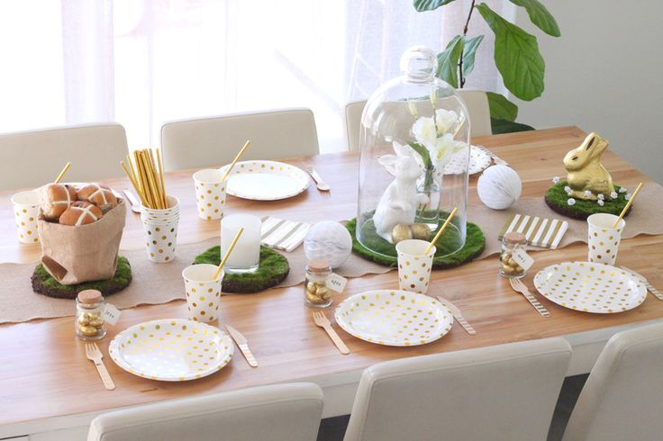 Gold & White Easter table by Hip & Hooray Online Store.  Check out the blog http://blog.hipandhooray.com.au/2016/03/gold-white-easter.html