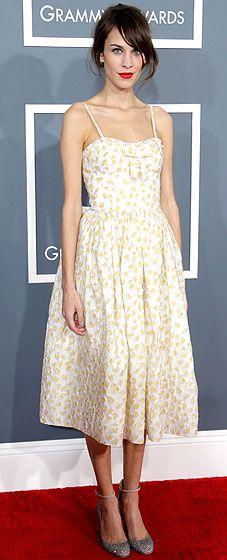 Alexa Chung at the 2013 Grammy Awards.  http://toyastales.blogspot.com/2013/02/toyas-tales-best-dressed-at-2013-grammy.html