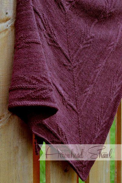 Arrowhead – design by @aliciaplum, knit in All American Worsted by @swansislandyarn