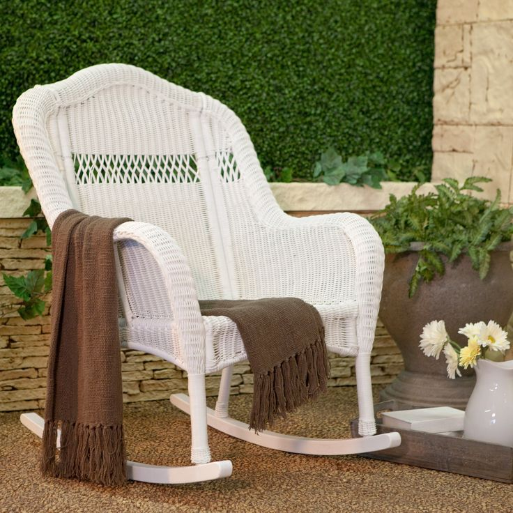 Best 25 Wicker Rocking Chair Ideas On Pinterest Country