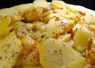 Como Preparar Patatas con Ajo y Perejil, Cocina Colombiana