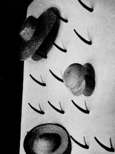 Perchero de Alejandro de La Sota de 1952