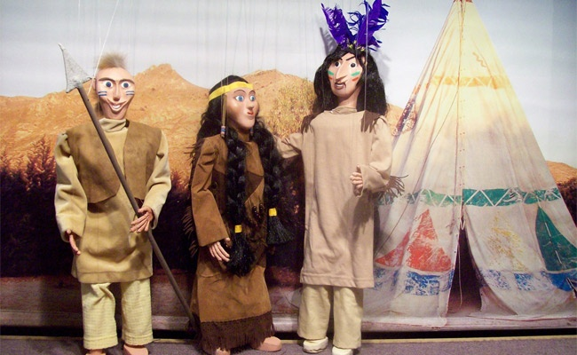 Απολαύστε μαζί με τα παιδιά σας ένα μαγικό ταξίδι με τον Πήτερ Παν στη Χώρα του Ποτέ, όπου κανείς δε μεγαλώνει ποτέ.. Ο Πήτερ Παν ζωντανεύει στο παιδικό Θέατρο Μαριονέτας στην Ηλιούπολη, μόνο με 4,5€. Έκπτωση 40%  http://www.deal4kids.gr/deals.php?id=365