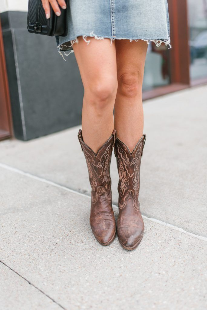 eab2cfd7f16 Rodeo Outfit with Cowboy Boots | Style and Outfit Inspiration ...