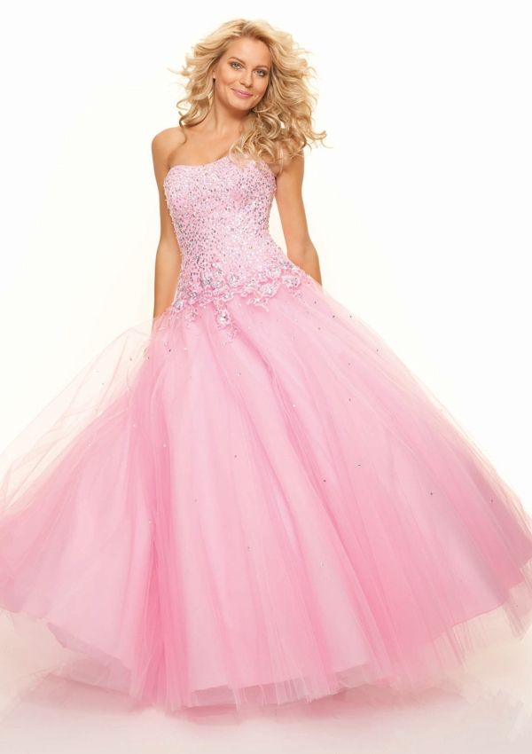 262 best Prim prom images on Pinterest | Yellow gown, Formal prom ...