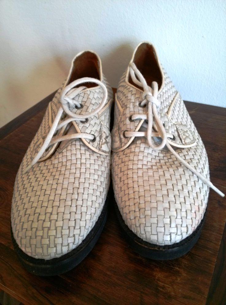 weiße. geflochtene Schuhe, Bally