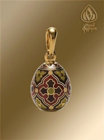 Деревянные кресты ручной работы - Изготовление и установка крестов в Москве: Ювелирное Пасхальное яйцо - Процветший крест