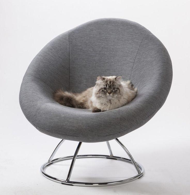 In Ihrem Wohnzimmer bietet Ihnen der Polstersessel viele Möglichkeiten, denn er ist 360 Grad drehbar. #retro #sessel #cat #sessel #home #decor