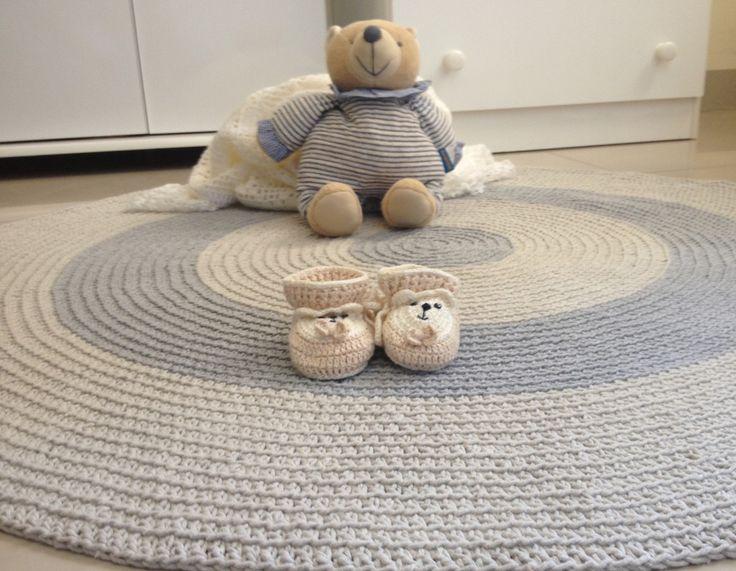 25 melhores ideias de tapete redondo de croche no pinterest tapete croche redondo tapete de. Black Bedroom Furniture Sets. Home Design Ideas
