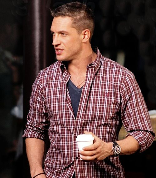 Tom Hardy drinks coffee!  Damn!