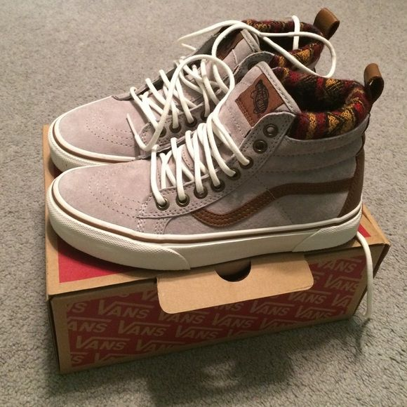 high top vans worn once. Great condition! Sold with box Vans Shoes Athletic Shoes