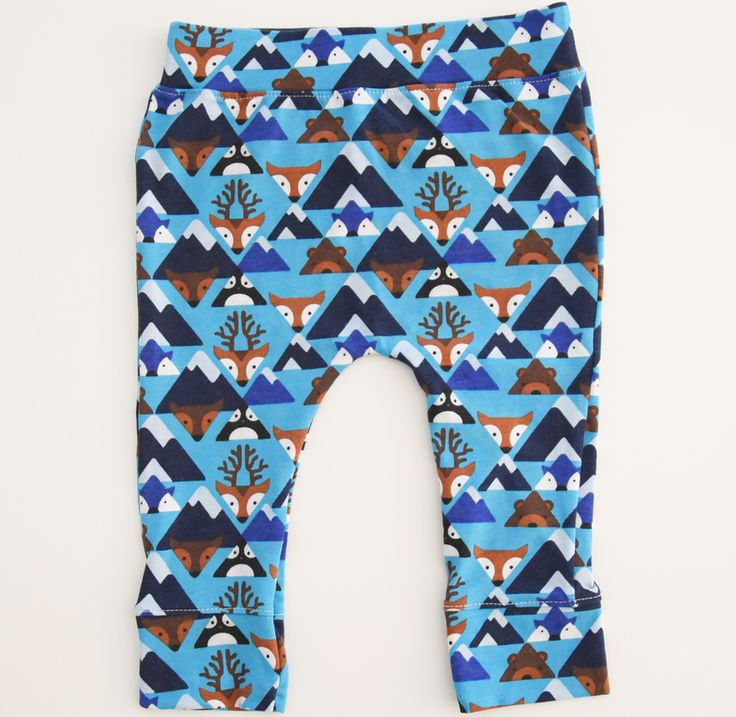 Blue Fox Legging | Keeko Baby    Meet our new Blue Fox Leggings – an everyday essential for little ones. Created from soft and stretchy fabric, with a soft texture throughout, to keep your baby's legs super comfortable.  Footless legging helps little feet grip the ground when baby is learning to walk.