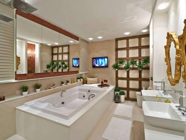 casa Claudia. Proejto arquitetura interiores, banheiro, sala de banho, acabamento, banheira, espelho, tv